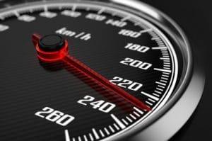 דיני התעבורה המחמירים בנושא נהיגה במהירות