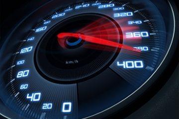זיכוי מעבירה של נהיגה ברכב במהירות העולה על המותר תוך מתיחת ביקורת על התנהלות המדינה.