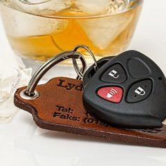 נהיגה תחת השפעת סם. הצורך בחשד קונקרטי בטרם דרישה לעריכת בדיקת סמים בגופו של נהג.
