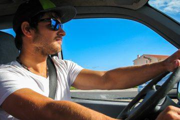 שלילת רישיון לנהג צעיר